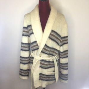 Hilda Ltd, 100% Icelandic Pure Wool Mid  Coat